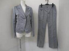 Stola.(ストラ)のレディースパンツスーツ