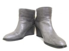 COMPTOIRDESCOTONNIERS(コントワーデコトニエ)のブーツ