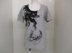 OURET(オーレット)のTシャツ