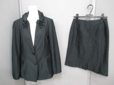 RITSUKOSHIRAHAMA(リツコシラハマ)のスカートスーツ