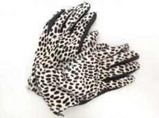 Gloves(グローブス)の手袋
