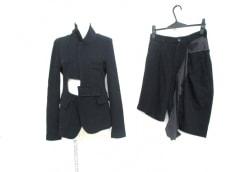 H&M×COMMEdesGARCONS(エイチアンドエム×コムデギャルソン)のレディースパンツスーツ