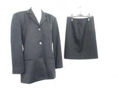 Helmut Lang(ヘルムートラング)のスカートスーツ