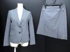 nombre impair(ノンブルアンペール)のスカートスーツ