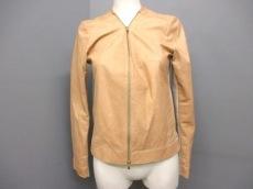rous(ラス)のジャケット
