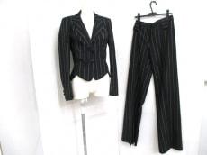 JOHNGALLIANO(ジョンガリアーノ)のレディースパンツスーツ