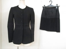 MOSCHINO(モスキーノ)のスカートスーツ