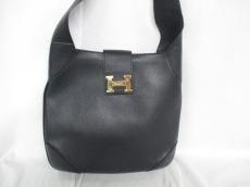 HIGH CLASS(ハイクラス)のショルダーバッグ