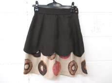 bortsprungt.(ボシュプルメット)のスカート
