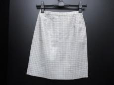 COMPOSITION(コンポジション)のスカート