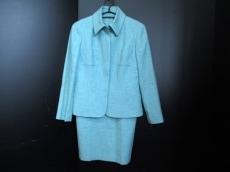 KARLLAGERFELD(カールラガーフェルド)のワンピーススーツ