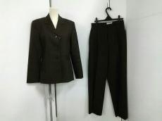Lois CRAYON(ロイスクレヨン)のレディースパンツスーツ