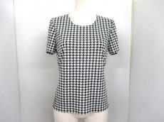 Leilian(レリアン)のTシャツ