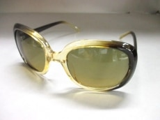 YEVS(イーブス)のサングラス