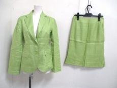 DoCLASSE(ドゥクラッセ)のスカートスーツ