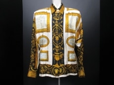 GIANNIVERSACE(ジャンニヴェルサーチ)のシャツブラウス