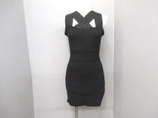 EMODA(エモダ)のドレス