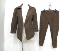 RITSUKOSHIRAHAMA(リツコシラハマ)のレディースパンツスーツ