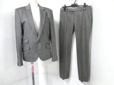 d/him(ディーヒム)のレディースパンツスーツ