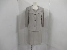 MOGA(モガ)のワンピーススーツ