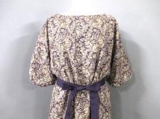 Te chichi(テチチ)のドレス