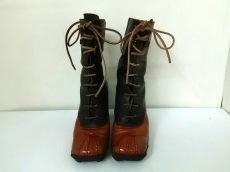 miumiu(ミュウミュウ)のブーツ
