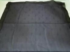 ARMANICOLLEZIONI(アルマーニコレッツォーニ)のスカーフ