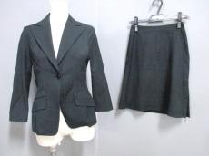 UMAESTNATION(ユマエストネーション)のスカートスーツ