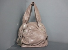 GUSTTO(グースト)のハンドバッグ