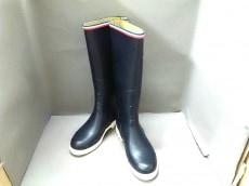 Kitsune(キツネ)のブーツ