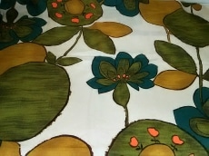 D&G(ディーアンドジー)のスカーフ