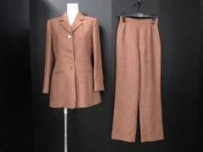 HUMAN WOMAN(ヒューマンウーマン)のレディースパンツスーツ