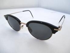 THOM BROWNE(トムブラウン)のサングラス