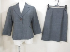 NATURALBEAUTY(ナチュラルビューティー)のスカートスーツ