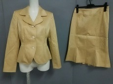 FERAUD(フェロー)のスカートスーツ