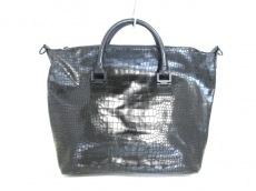 VINCECAMUTO(ヴィンスカムート)のハンドバッグ