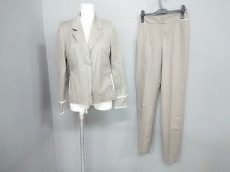 ANNAMOLINARI(アンナモリナーリ)のレディースパンツスーツ