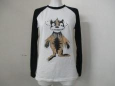 RIKA(リカ)のTシャツ