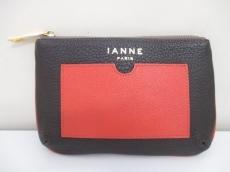 IANNE(イアンヌ)のポーチ