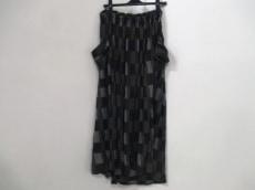 Y's(ワイズ)のスカート