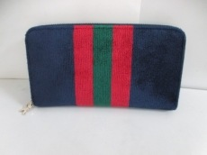 Robertadicamerino(ロベルタ ディ カメリーノ)の長財布