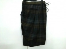 BRUNELLOCUCINELLI(ブルネロクチネリ)のスカート
