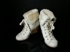 rougeloup(ルージュルー)のブーツ