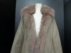 J-white(ジェイホワイト)のコート