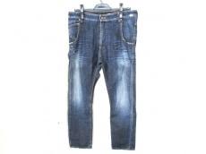 RIVET & BLUE(リベット&ブルー)のジーンズ
