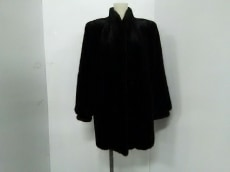 Blackglama(ブラックグラマ)のコート