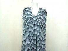 mint designs(ミントデザインズ)のワンピース