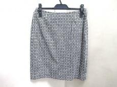 SalvatoreFerragamo(サルバトーレフェラガモ)のスカート