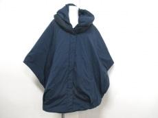 粧うYOSOOU(ヨソオウ)のダウンコート