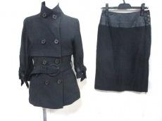 Re.Verofonna(ヴェロフォンナ)のスカートスーツ